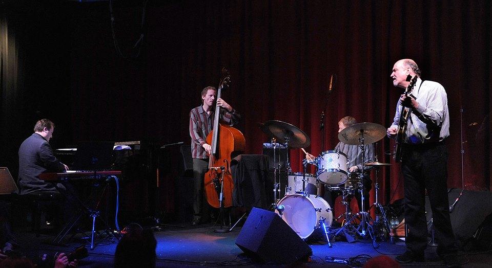 19.JazzTime Rijeka, Stereo dvorana, 2010. John Scofield Quartet u sastavu John Scofield – gitara, Michael Eckroth – klavir, klavijature, Ben Street – kontrabas, Bill Stewart – bubnjevi